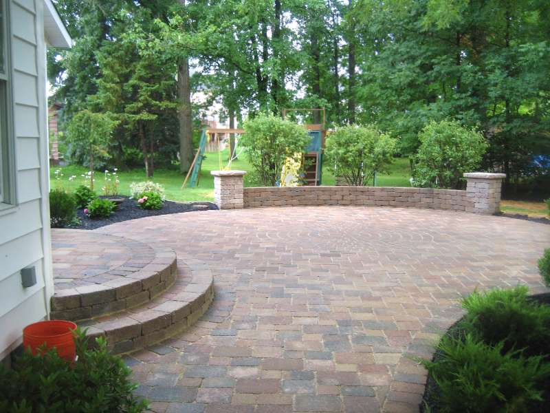 Paver Patio with Camelot Pavers